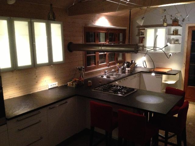 docteur house le g n raliste pour les soins personnalis s de la maison et du jardin en suisse. Black Bedroom Furniture Sets. Home Design Ideas